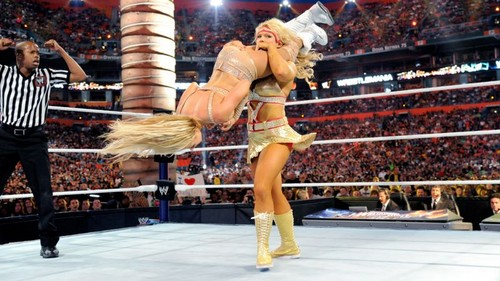 beth phoenix wallpaper entitled Wrestlemania 28 Digitals 4/1/12