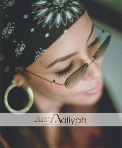 AALIYAH - aaliyah Photo