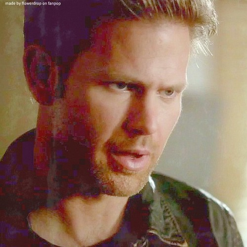 Alaric - 3x12 - The Ties That Bind