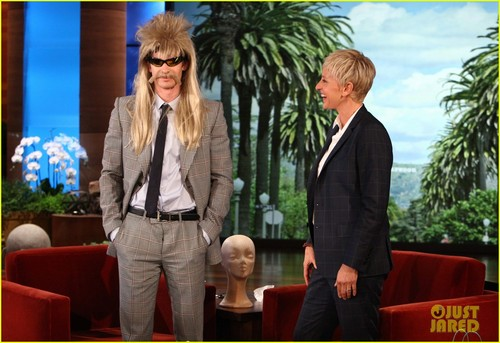 Andrew Garfield Goes Incognito On 'Ellen'