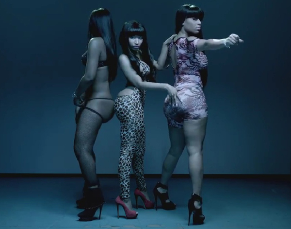 Beez-in-the-Trap-Music-Video-nicki-minaj-30391363-600-471.jpg