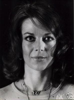 natalie wood wallpaper containing a portrait called Between 1980-1981