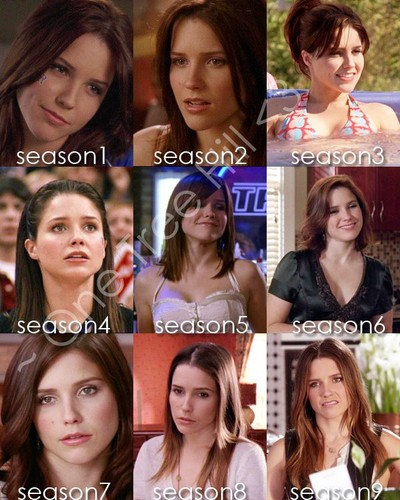 Brooke Davis پیپر وال with a portrait titled Brooke <3