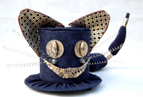 Cheshire Cat`s top hat