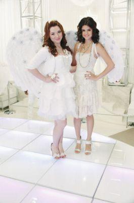 Dancing with angeli