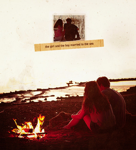 Finnick Odair wallpaper with a fire and a sign entitled Finnick & Annie