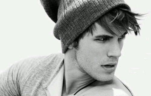 HOT!(the person 你 don´t know is MATT LANTER!♥)