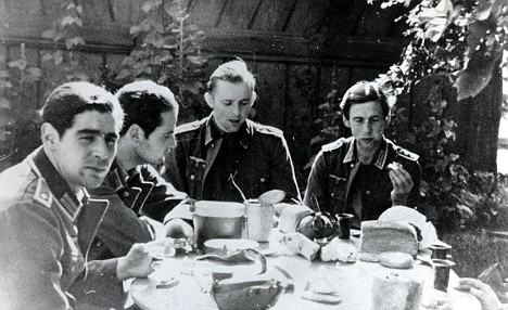 Hubert Furtwangler, Hans Scholl, Willi Graf, and Alexander Schmorell in their German army uniformsRe