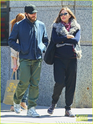 Jake Gyllenhaal images Jake Gyllenhaal: Sibling Stroll With Sister Maggie HD wallpaper and background photos