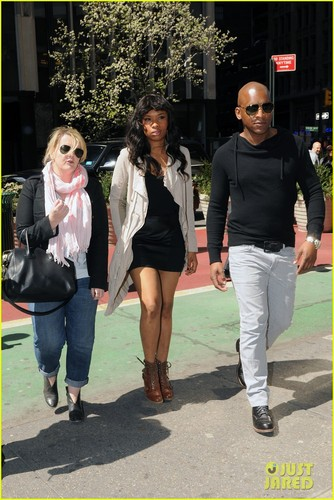 Jennifer Hudson: Happy Birthday, Sheyonce
