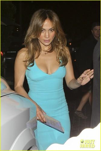 Jennifer Lopez & Casper Smart: Birthday Dinner Date!