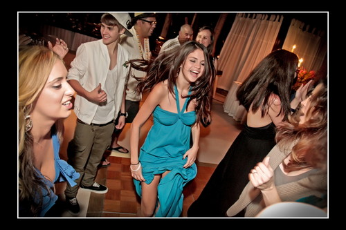 Justin Bieber and Selena Gomez at Shannon's Wedding 12/11 - justin-bieber Photo