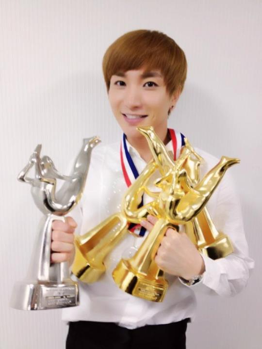 Leeteuk !!  Super Junior Photo 30376986  Fanpop