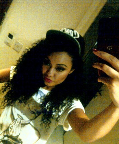 Leigh-Anne Pinnock wallpaper possibly containing a sign and a portrait called Leigh-Anne! <3