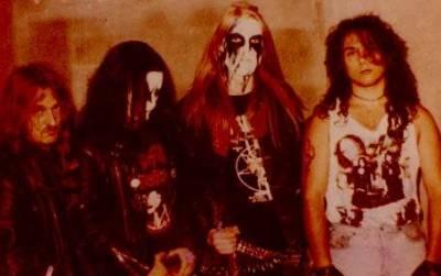 Black Metal kertas dinding titled Mayhem