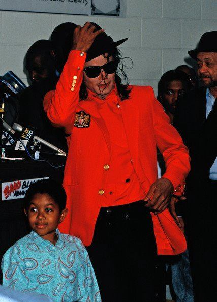 Michael Jackson in red ♥