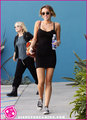 Miley-Cyrus-Pilates-New photo