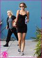 Miley-Cyrus-Pilates-New photo