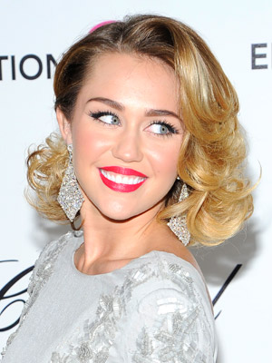 Miley Cyrus wallpaper containing a portrait titled Miley in 2012