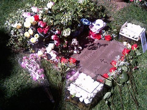 Nat's grave in 2004