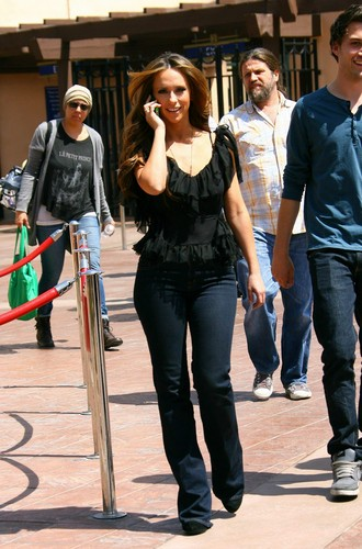On The Set Of The Client daftar in Los Angeles [3 April 2012]