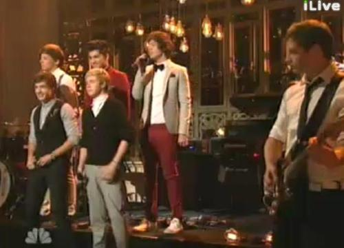 One Direction on SNL♥