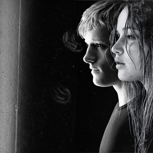 Peeta and Katniss...... .♥