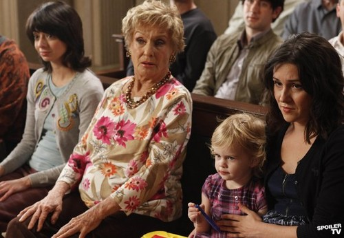 Raising Hope - Episode 2.22 - I Want My Baby Back, Baby Back, Baby Back (Season 2 Finale) -