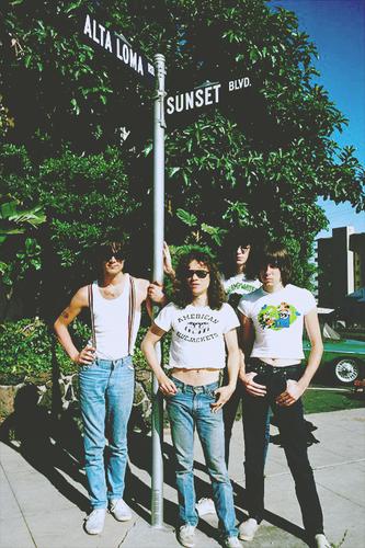Ramones ★