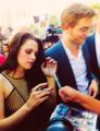 Robert Pattinson and kristen Stewart - robert-pattinson fan art