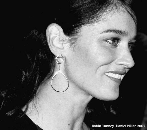 Robin - robin-tunney Photo