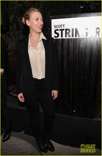 Scarlett Johansson: Mayoral Fundraiser Host!