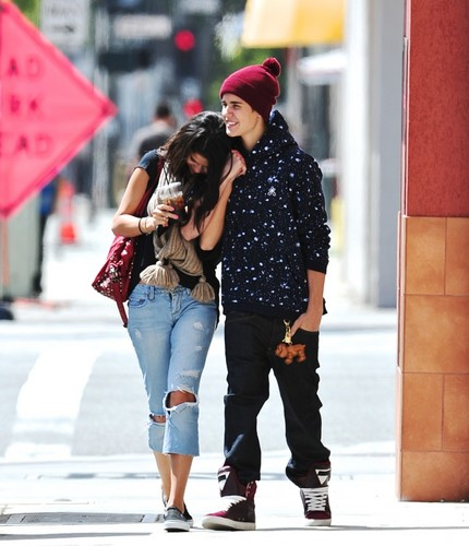 Selena Gomez and Justin Bieber l'amour rendez-vous amoureux, date at Panera pain