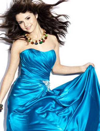 Selenas blue prom dress