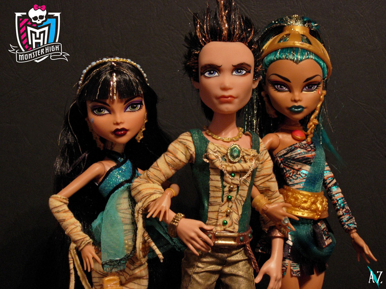 Seth and sisters - monster-high photo