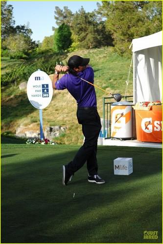 Tom Welling: Michael Jordan Celebrity Golfer!