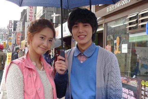 Yoona & Shi-Hoo'Love Rain' Behind The Scene चित्रो