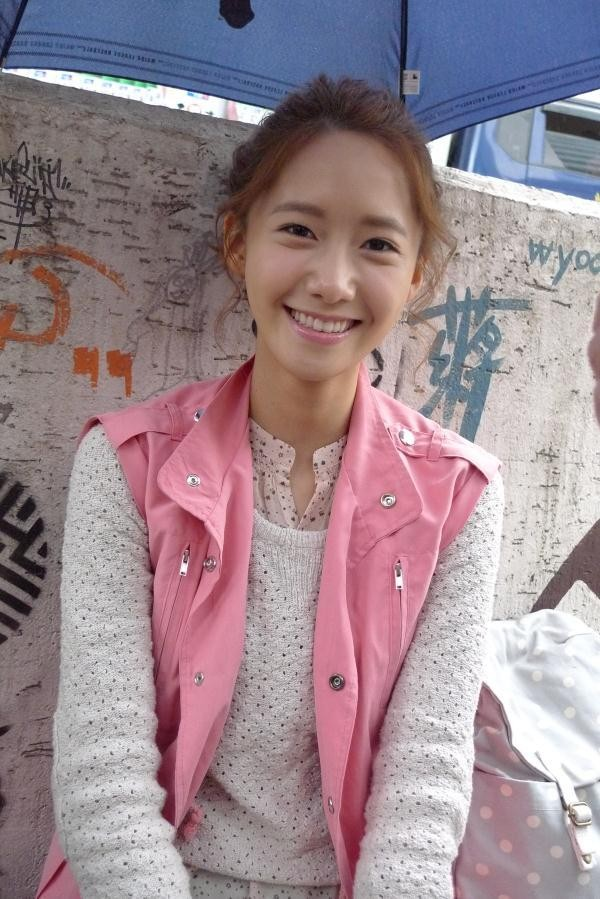 Yoona 'Love Rain' Behind The Scene Photos