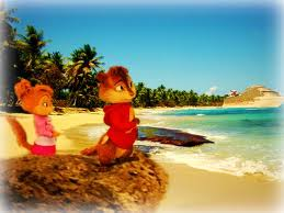 alvin and brittany - alvin-and-the-chipmunks-3-chip-wrecked photo