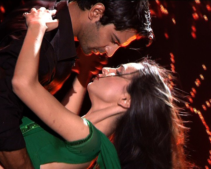 Arshi Arnav And Khushi Images Arshi Dance Hd Wallpaper