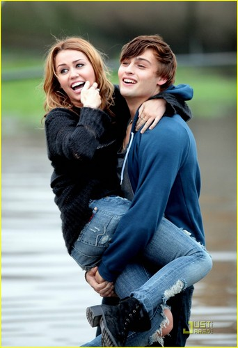 miley and douglas