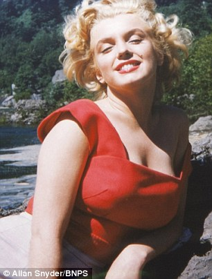 never-seen-before hình ảnh of Marilyn Monroe