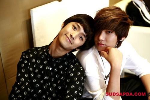"THAI MAGZ ""SUDSAPDA"" Jae Jin & Seung Hyun"