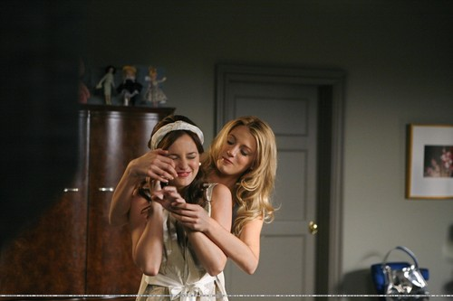 1x04 Bad News Blair - gossip-girl Photo