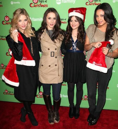 ABC Family's 25 Days of 圣诞节 Winter Wonderland Event