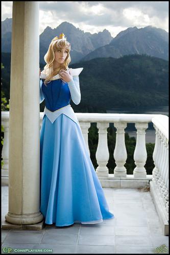 Aurora cosplay
