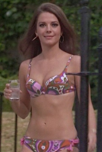 Natalie Wood kertas dinding containing a bikini entitled B.C.T.A