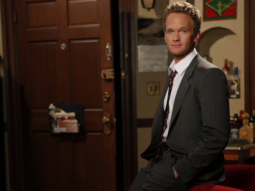 How I Met Your Mother achtergrond containing a business suit, a suit, and a three piece suit entitled Barney