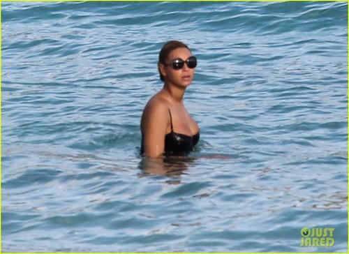 Beyoncé & Jay-Z: Sunny bờ biển, bãi biển Day!