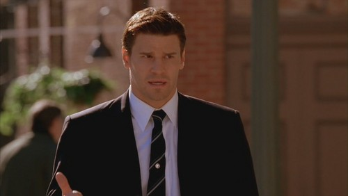 Seeley Booth achtergrond with a business suit, a suit, and a double breasted suit called Booth <3
